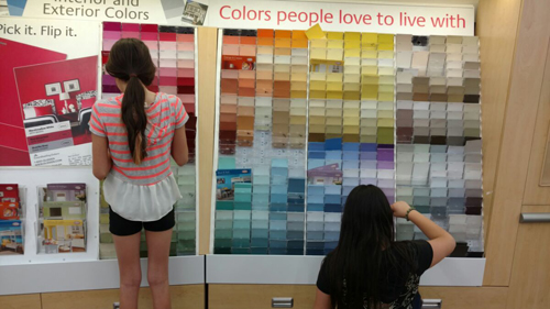 Girls choosing paint colors resized